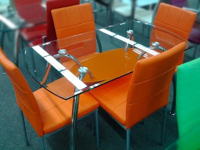 Стеклянный стол для кухни тюмень